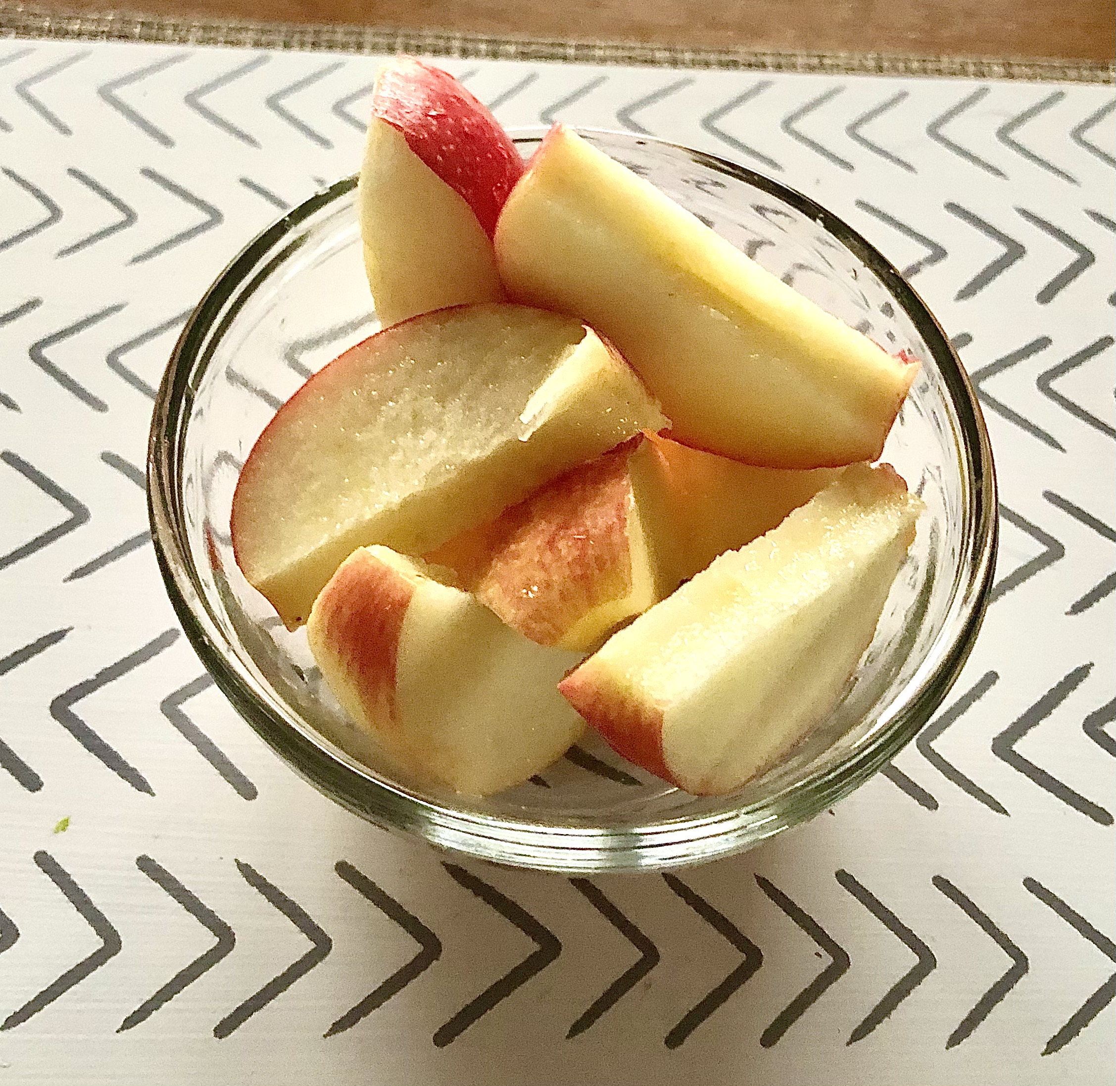 Creating Highly Nutritious Meals snack apple slices