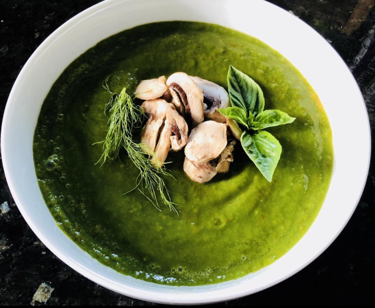 Chế độ ăn thuần chay thô Lợi ích của súp rau bina