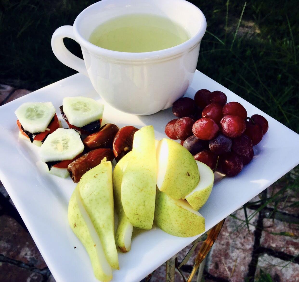 Lợi ích của chế độ ăn thuần chay thô của thời gian uống trà